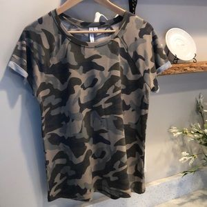 Cable & Gauge camo print T-shirt